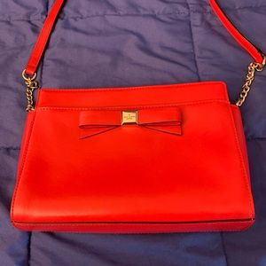EUC Kate Spade red shoulder bag with bow
